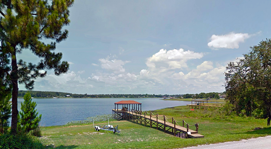 Homes on Crescent Lake, Clermont Florida